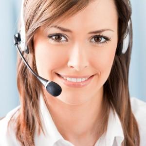 Chica-Servicio-al-Cliente